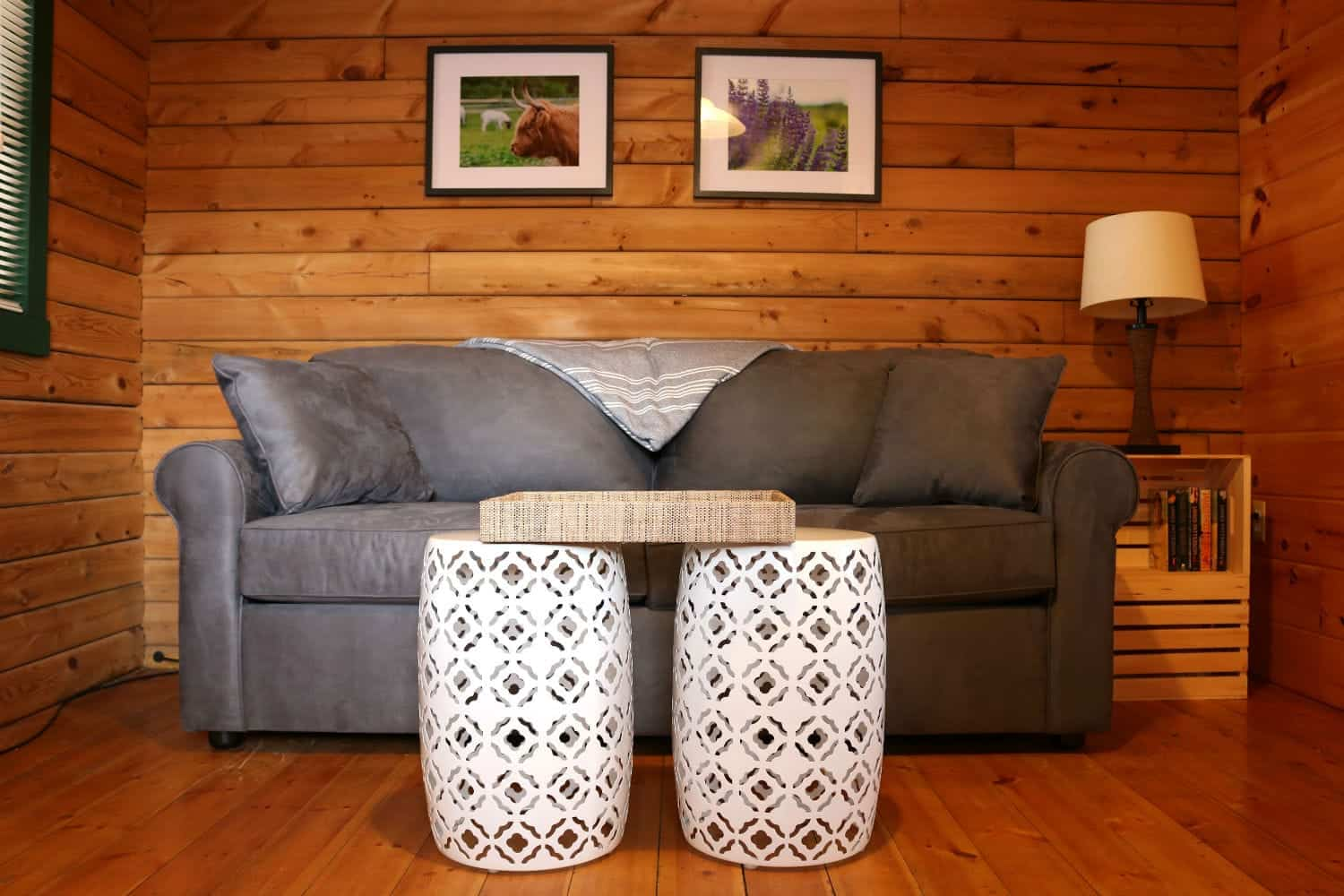 In Buttonwood Grove Cabin Cabernet-Living-Room