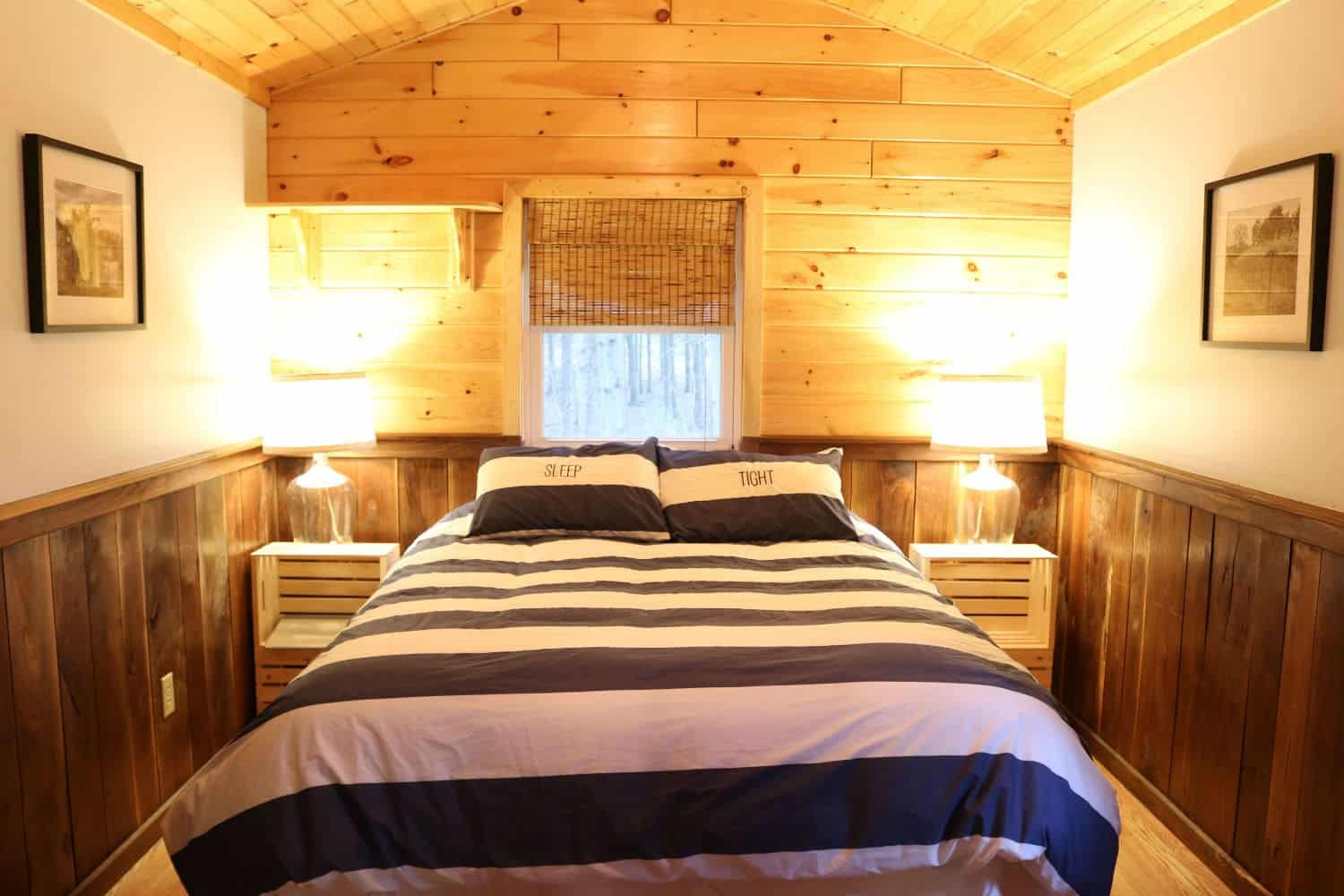 Buttonwood Cabins Inside Bedroom