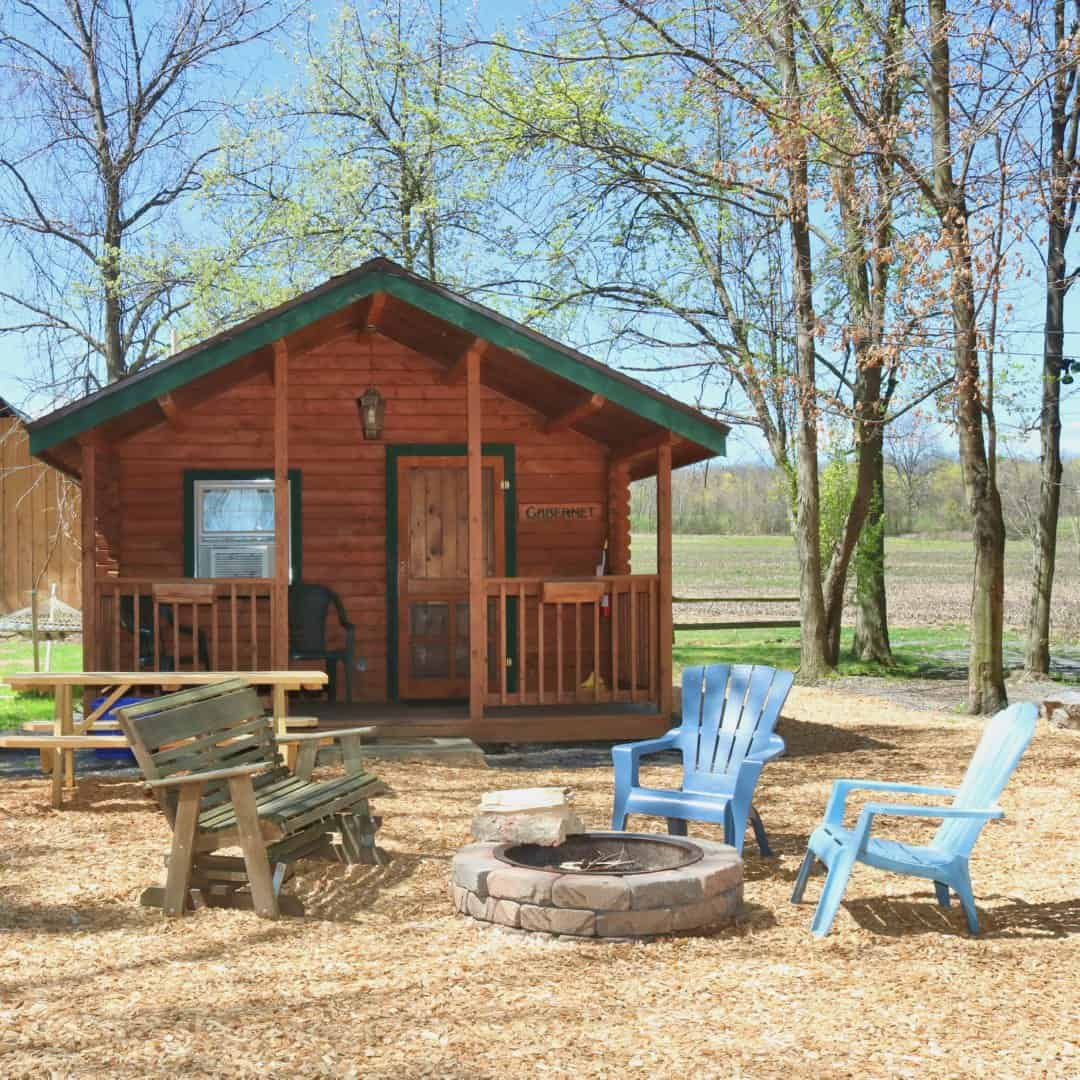 Buttonwood Grove Cabins with Chairs & Firepit